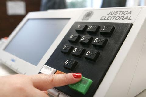 senado-ccj-voto-obrigatorio-transparencia-politica